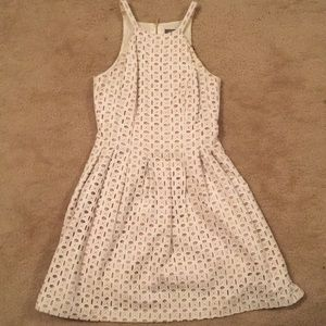 Vince Camuto White Dress. Size 6. Like new!